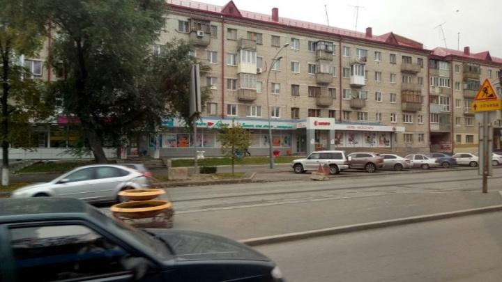 Ремонт дороги на улице Мельникайте продлится до октября
