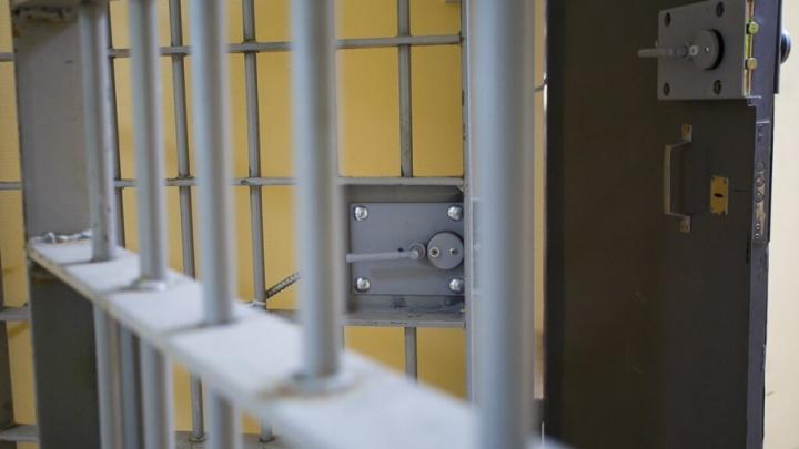 Семейной паре из Волгограда, растлевавшей 12-летнюю дочь, вынесли приговор