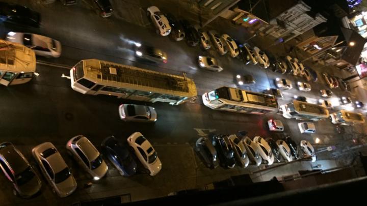 В центре Ростова образовалась пробка из шести трамваев