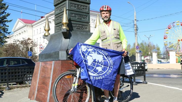 Турист двое суток ехал с юга в Архангельск, чтобы отправиться отсюда в уникальное велопутешествие