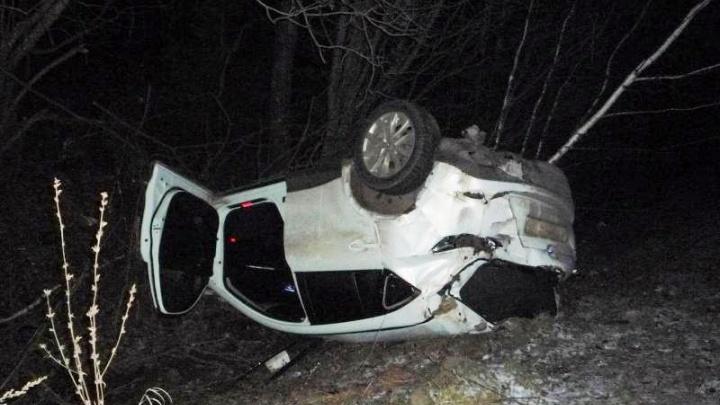 Не справился с управлением и съехал в кювет: на трассе в Прикамье погиб водитель