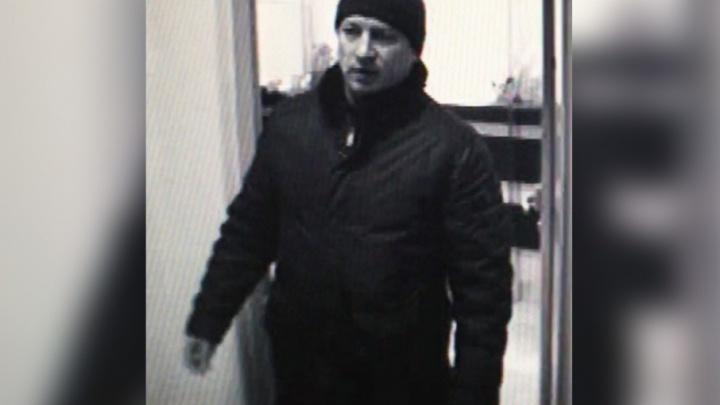 Человек, напавший на студента из Ирака в центре Челябинска, попал на видео