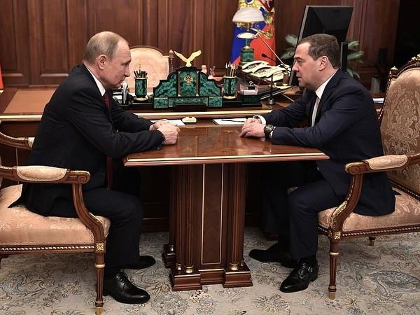 Владимир Путин и Дмитрий Медведев//пресс-служба президента РФ