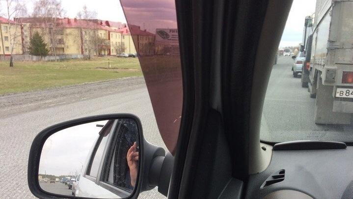 Из-за ремонта дороги на Ялуторовском тракте образовалась десятикилометровая пробка