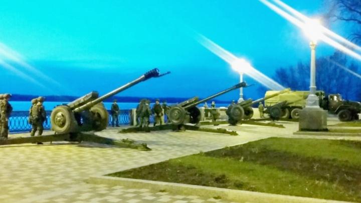 «Было слышно раскатистые взрывы»: в Самаре отрепетировали салют к 9 Мая