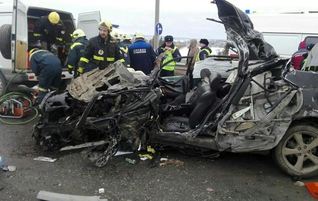 Погибший в ДТП на Чусовском мосту водитель «Камри» за три года 44 раза нарушил ПДД