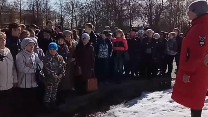 В Ростовском районе из кранов потекла вода с запахом навоза. Хроника коммунального ЧП