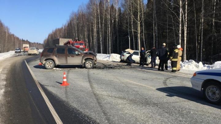 Водитель погиб, ребенок в коме: в аварии на трассе в Прикамье разбилась семья