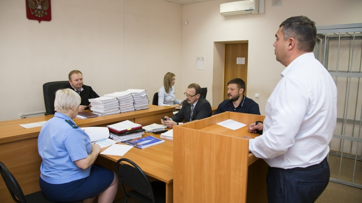 «Охрана в красных колпачках»: по делу Сандакова допросили экс-главу администрации губернатора