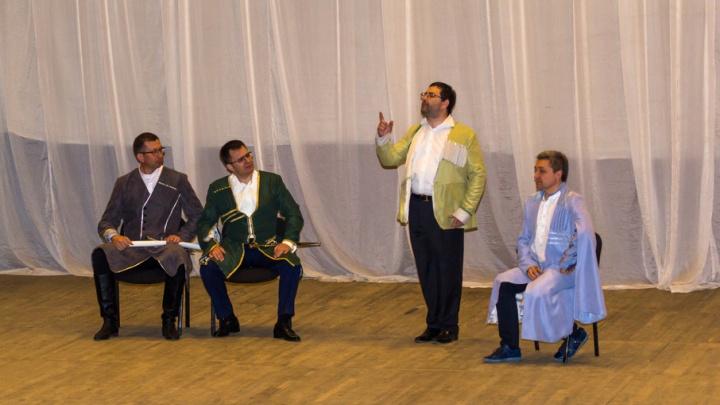 Самарские топ-менеджеры перевоплотились в персонажей Гоголя и Цагарели