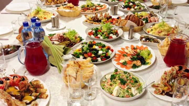 Мясные изыски и вегетарианские лакомства: «Гурманика» приглашает отметить Новый год со вкусом