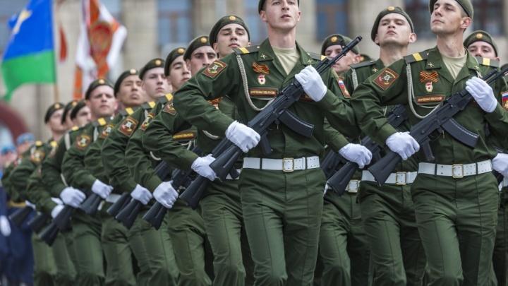 В Волгоградской области отбирают лучших солдат для парада Победы