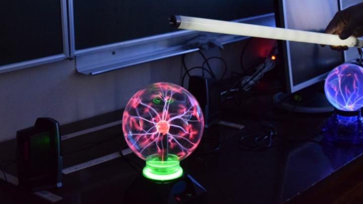 В Самаре на фестивале науки выступит астрофизик и журналист Борис Штерн