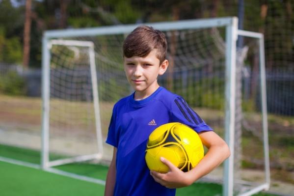 В шесть лет Егор заболел диабетом первого типа, тогда родители были уверены, что со спортом покончено