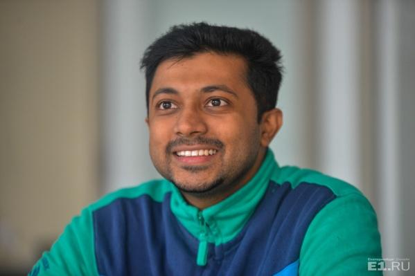 Азеф Мухаммед работает на матмехе с января