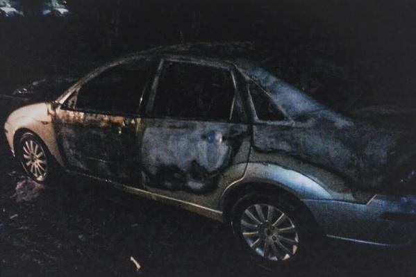 Звук взрывов колёс Ford Focus местные жители приняли за салют