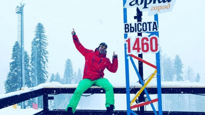Актёр Роман Курцын предложил своим фанатам есть снег