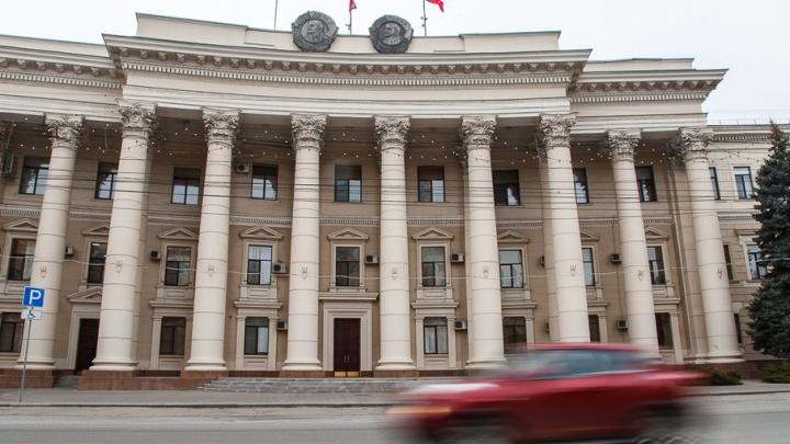В трехэтажной администрации Волгоградской области достроили лифт за 20 миллионов