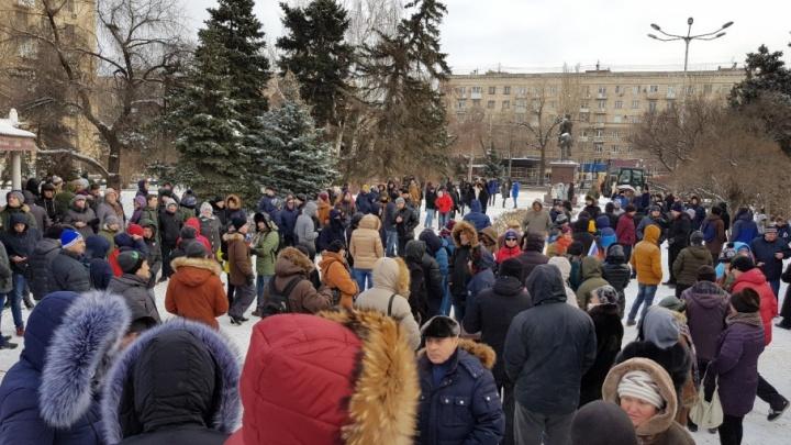 В Волгограде задержали сторонников Навального и журналистов