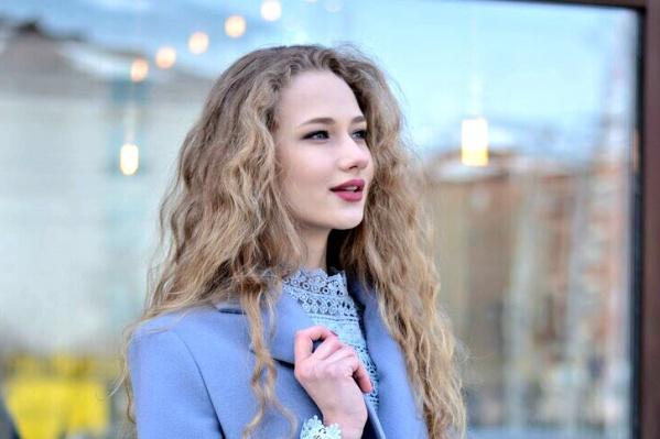 Наставник Ксении Анна Воронова  уверена: «Впереди у девушки – ещё много победных корон»