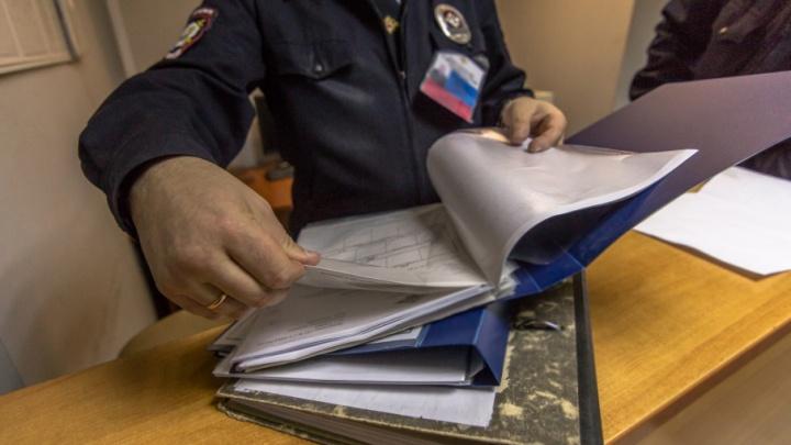 Житель Крутых Ключей прописал в квартире мигранта и попал под статью