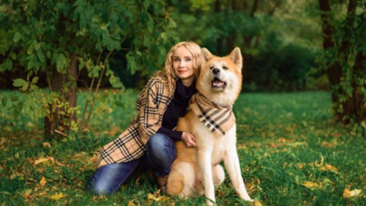 Кошатницы и собачницы: в Ярославле выбирают самую красивую любительницу зверей