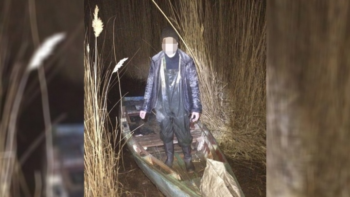 В Ростовской области задержали браконьера, выловившего из реки две сотни раков