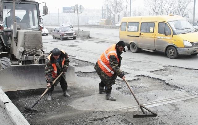 В Челябинске отремонтировали 250 квадратных метров дорог