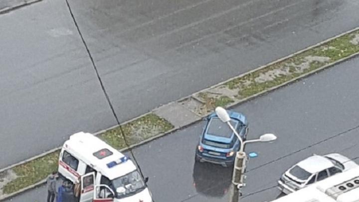 Ростовчанка на внедорожнике сбила восьмилетнюю девочку, переходившую дорогу по «зебре»
