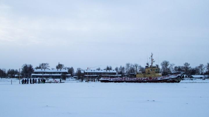 В Архангельске буксирные рейсы на Бревенник сократили без предупреждения