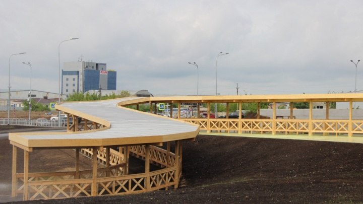 Около «Самара Арены» построили коридор для VIP-персон