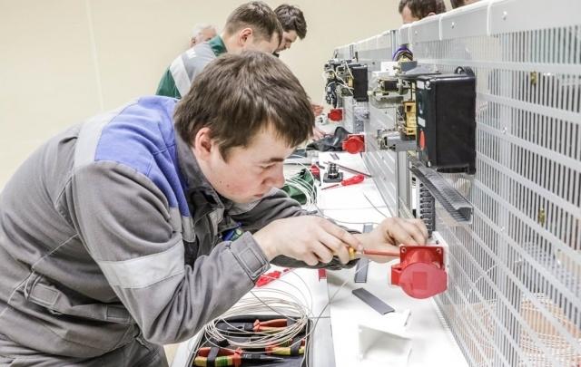 На заводе «Азот» в Березниках выбрали лучшего электромонтера