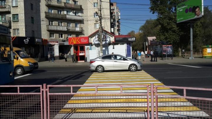 Пешеходный переход на 7-й Гвардейской в Волгограде вернули на прежнее место