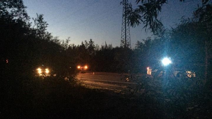 На Окружном шоссе «Лада-Гранта» проехала по лежащей на дороге женщине