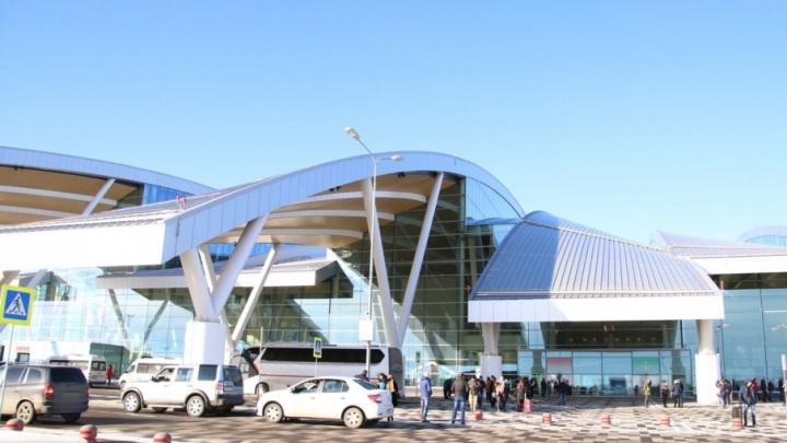 За сутки Платов обслужил почти шесть тысяч пассажиров