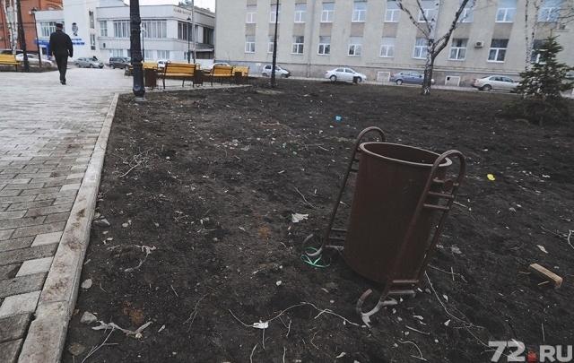 Из бюджета Тюмени потратят 2,5 миллиона на ремонт тротуаров у школы и двух детсадов