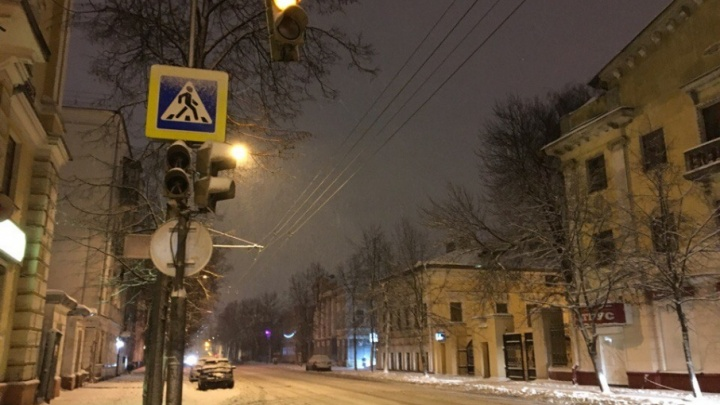 В центре Ярославля появился полностью пешеходный перекрёсток