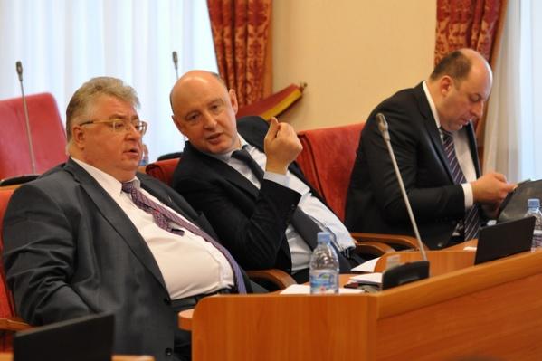 Сергей Якушев и Яков Якушев на заседании областной думы