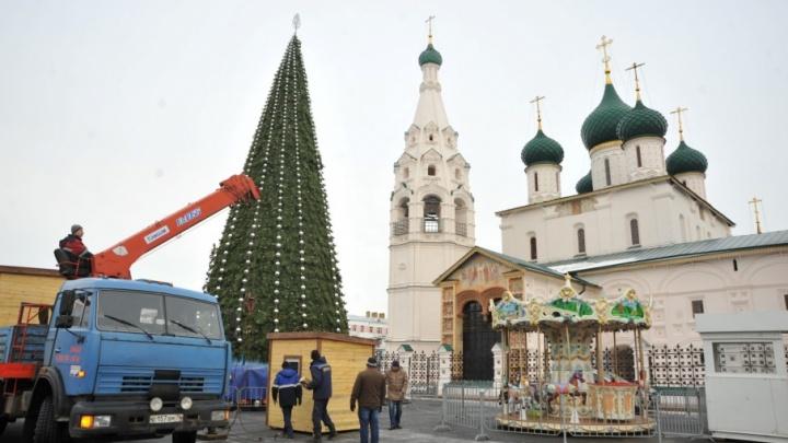 Новогоднюю ярмарку в центре Ярославля откроют раньше, чем планировали