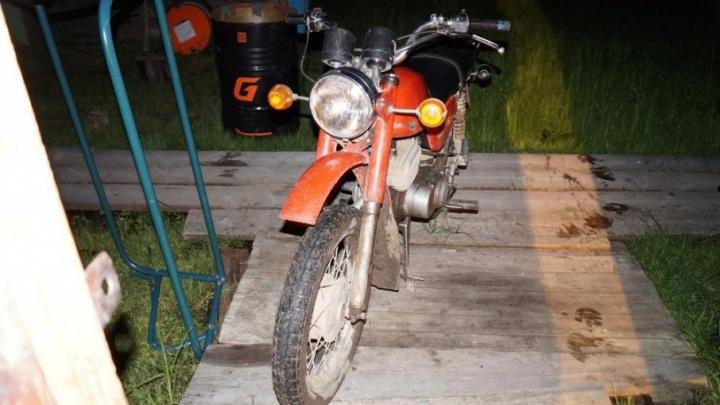 В Зеленнике 15-летний мотоциклист сбил юного велосипедиста