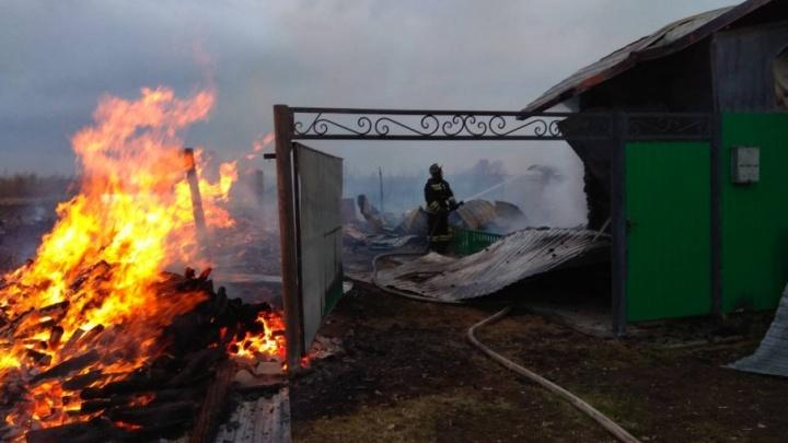 В тюменском селе Коркино во время пожара погибла 79-летняя пенсионерка