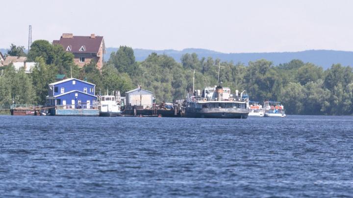 В Самаре на Волге при столкновении катера и гидроцикла погиб мужчина