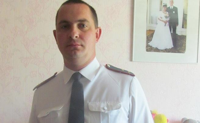 «Стучали так, что чуть не разбили стекло»: полицейский из Осы рассказал о спасении людей, службе и семье