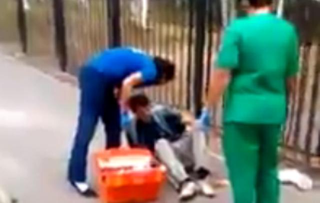 Водитель «шестерки» влетел в забор: часть ограждения сломалась и ранила пешехода