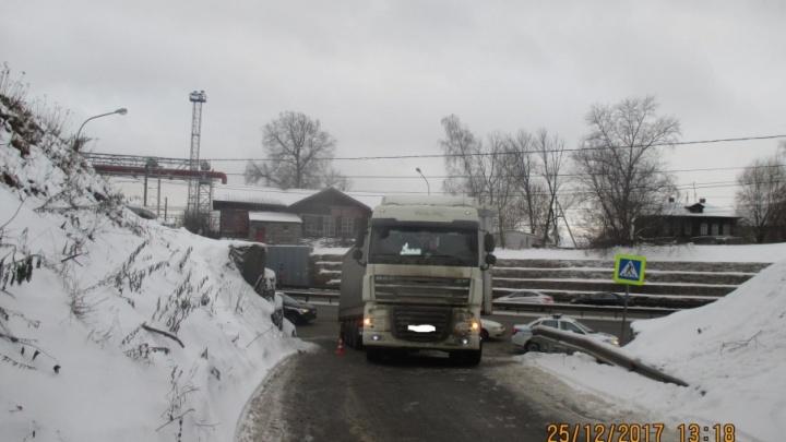 На Московском проспекте грузовик сбил мужчину