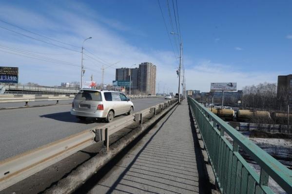На улице Мельникайте в следующем году начнут реконструировать участок от Харьковской до Хабаровской и развязку через железнодорожные пути
