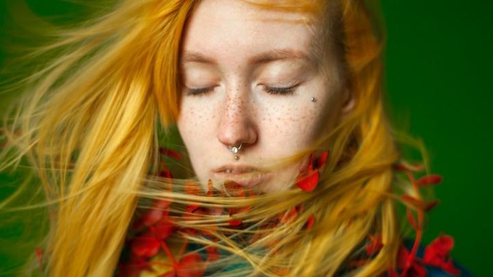 «Объединить человека и природу»: яркие женские портреты, которые снял фотограф из Архангельска