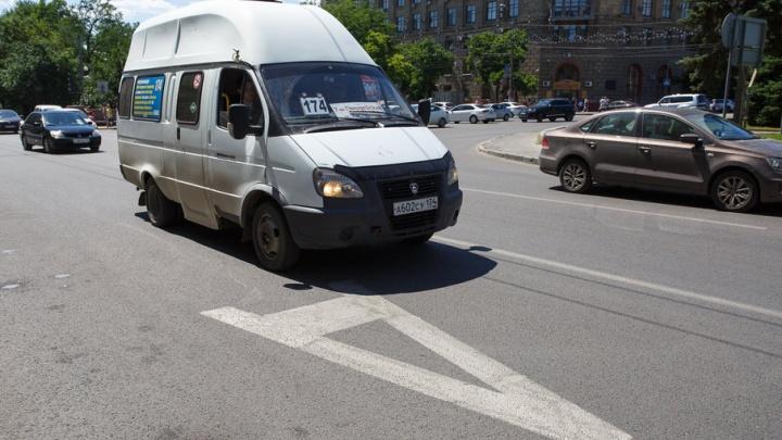 Автолюбители Волгограда готовятся к пробкам на проспекте Ленина