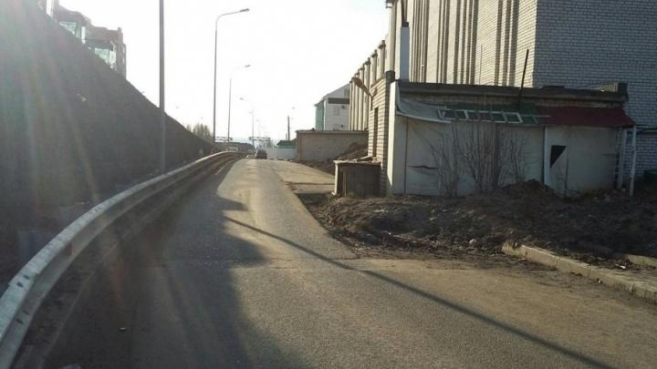 Минтранс требует снести гаражи для строительства съезда с улицы Ташкентской