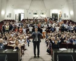 Максим Батырев, топ-менеджер: «Работа в продажах – это работа с отказами»
